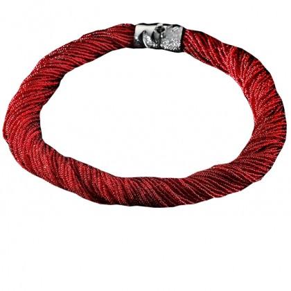 Arianna, girocollo rosso